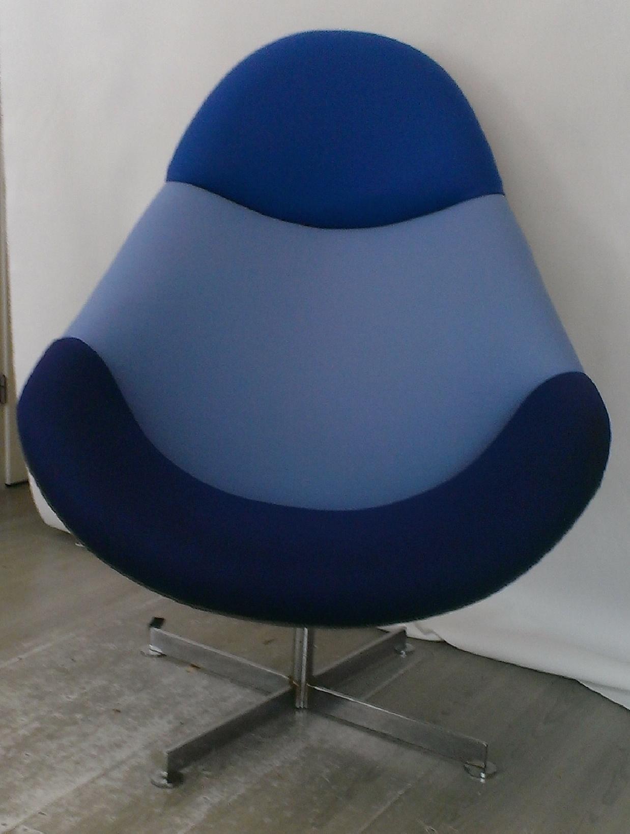 Moderne stoel in 3 kleuren stof van Kvadrat, Hallingdal